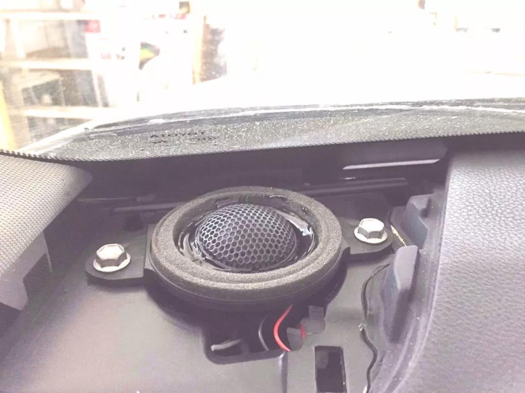 余生,回忆与陪伴同在-车改坊郑州卡卡汽车音响店汉兰达音响升级德国ETON