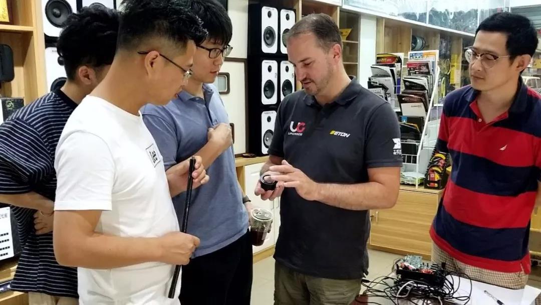德国ETON技术总监多米尼克中国调音活动第二站上海音豪