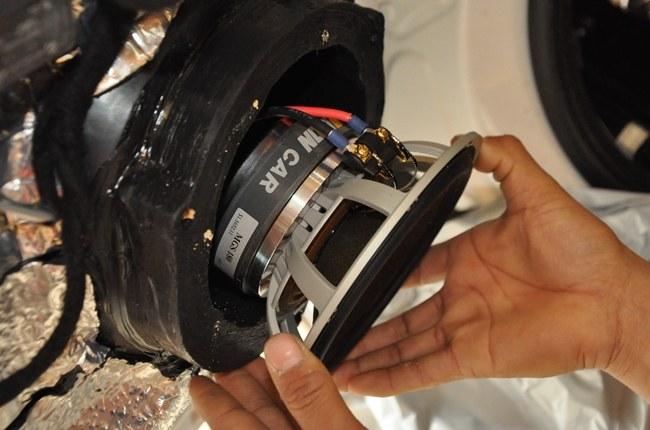 音响改装不迟到就是幸福-奔驰GL63升级伊顿喇叭